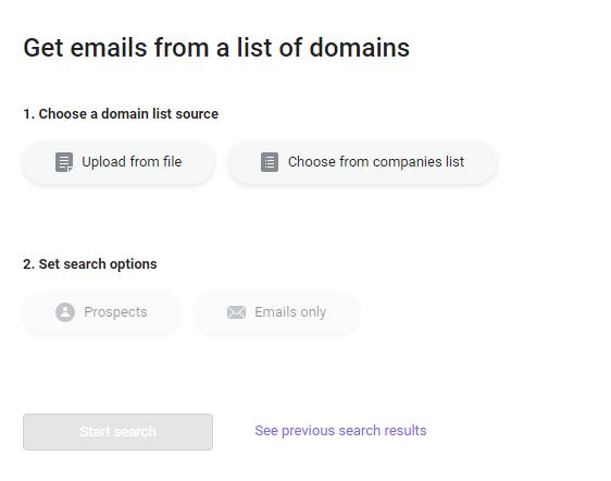 Buscar muchos mails por su dominio